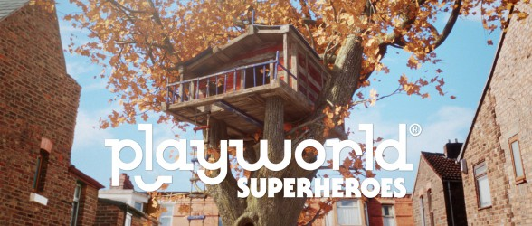 Creative game Playworld Superheroes provides real-time crafting and more
